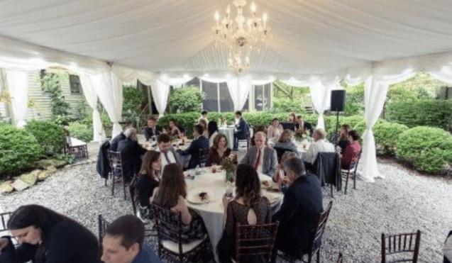 Stonehurst Place outdoor wedding reception under tent
